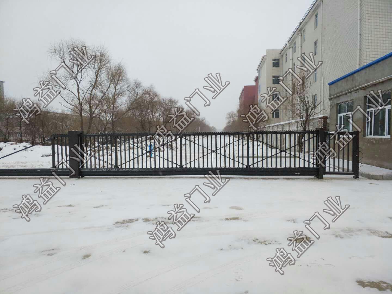 悬浮门,(佳木斯市富锦市迎宾路)建三江第一高级中学